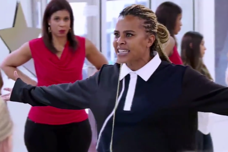 See How The Dance Moms Cast Reacts To Abby Lee's Replacement, Laurieann Gibson