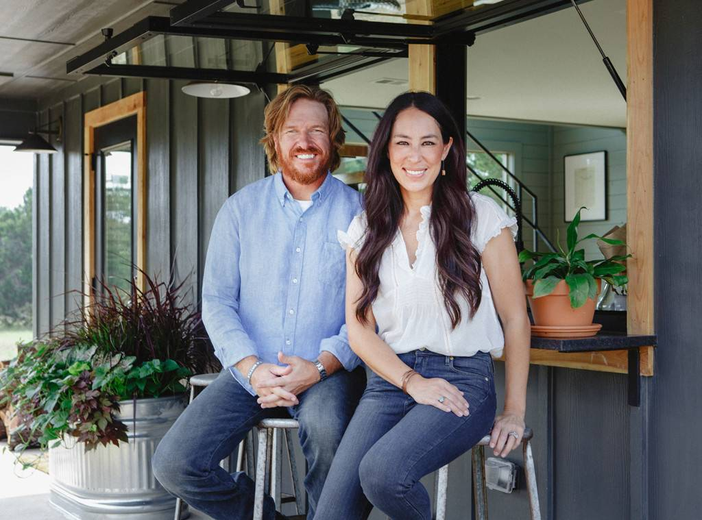 what 39 s going on with chip and joanna gaines 39 tv network bravo new zealand. Black Bedroom Furniture Sets. Home Design Ideas